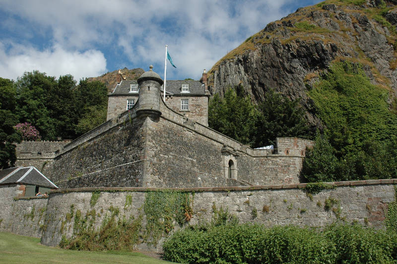 aaaa0041.jpg Dumbarton Castle, near Glasgow on the banks of the River Clyde