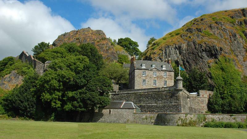 aaaa0043.jpg  Another view of Dumbarton Castle