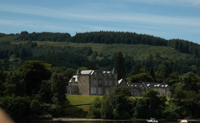 aaaa0044.jpg Carnavan House, a Manor House converted into a five-star hotel, on the banks of Loch Lomond