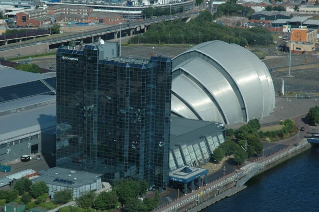 aaaa0126.jpg The Scottish Exihibition and Convention Center (SECC), the Moat House Hotel and the Clyde Auditorium (also know as the Armadillo in Glasgow. Where we spent the 5 days of WorldCon